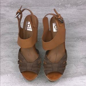 DOLCE VITA Brown Leather Wedge Sandals Size 7